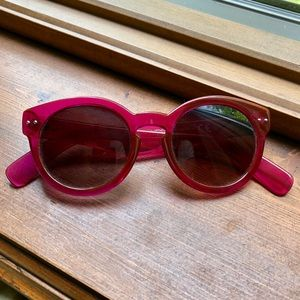 NWOT Raspberry Cat Eye Sunglasses